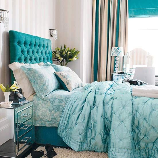 This luscious color scheme is as chic as it gets with a bit of sophistication. Beautiful bedroom color schemes