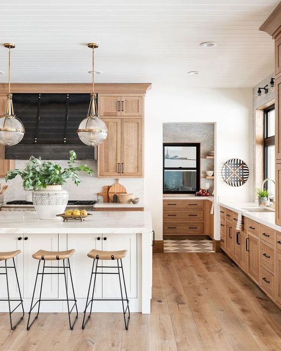 European and American kitchen